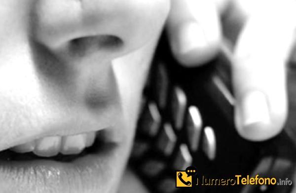 Posibilidad de llamada spam por teléfono del teléfono número 648637470